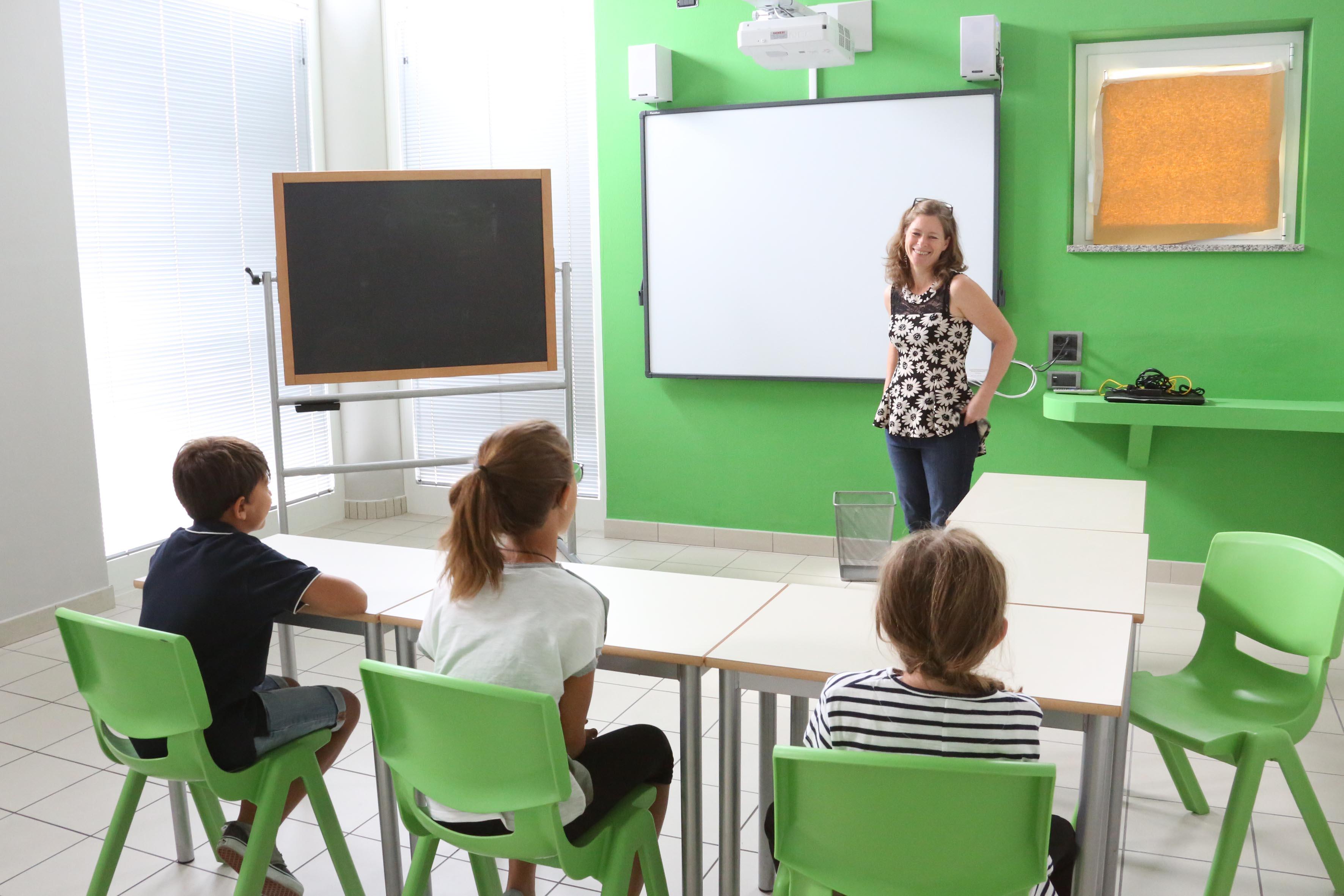 alba international school